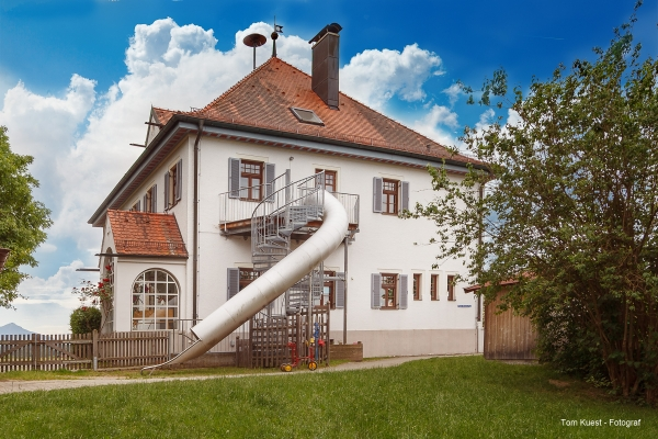 architektur-kindergarten-gebaeude28720B1D-6530-94A5-5031-A4A205C60F93.jpg